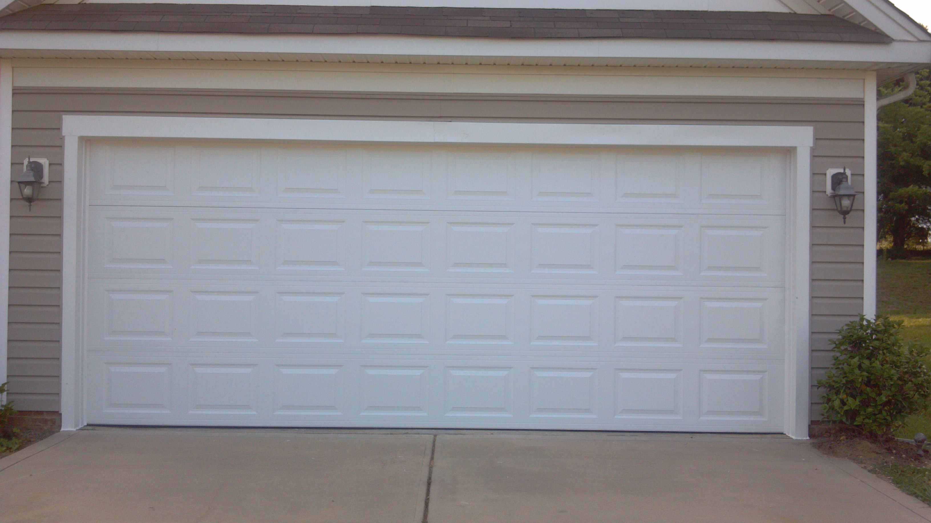 New garage doors jb garage door repair las vegas nv for New garage